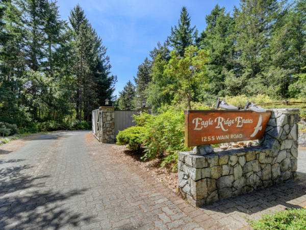 Eagle Ridge Townhome for sale 29 - 1255 wain road